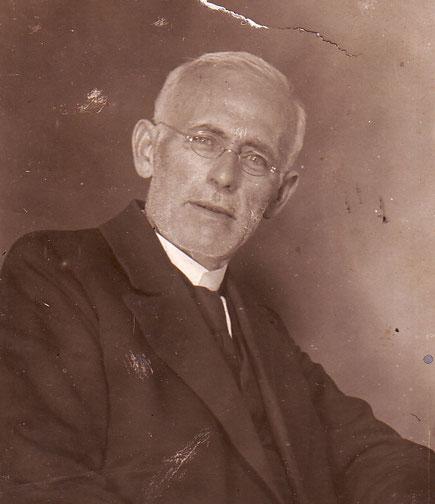 Der Vater Pastor Otto Vogel