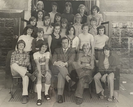 Hannes mit seinen Schülern