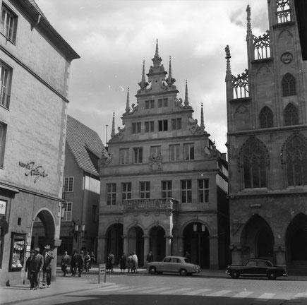 Das wiederaufgebaute Stadtweinhaus  - Foto HS
