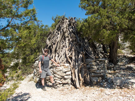 Traditionelle sardische Hirtenhütte