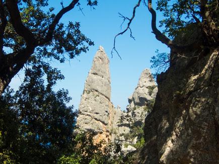 Für Kletterer eine besondere Herausforderung in den obersten Schwierigkeitsgraden - die Felsnadel Aguglia.