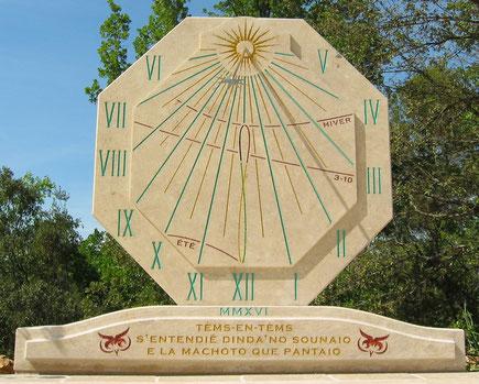sundial-entrecasteaux-var-dial-sundials-vertical-stone-engraved