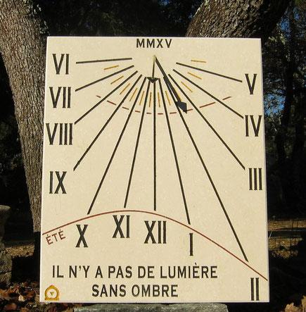cadran-solaire-adrets-esterel-pierre-cadrans-solaires-var-83-vente-achat