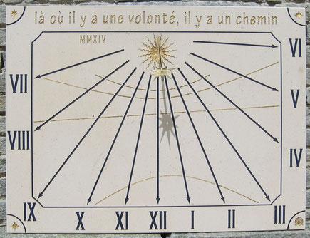 cadran-solaire-pierre-adrets-esterel-83-cadrans-solaires-vente-achat-var