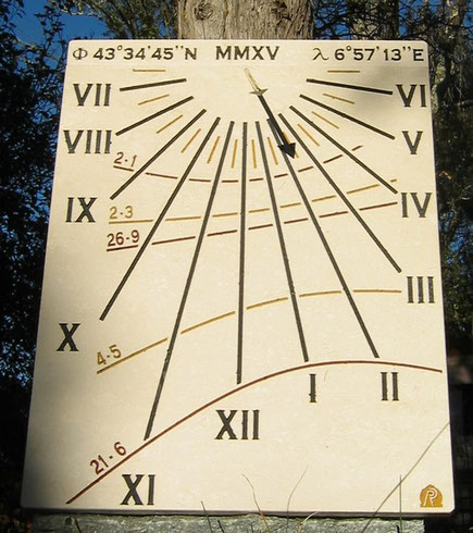 sundial-roquette-siagne-dial-sundials-vertical-stone-engraved-facade-alpes-maritimes-06-sale-purchase