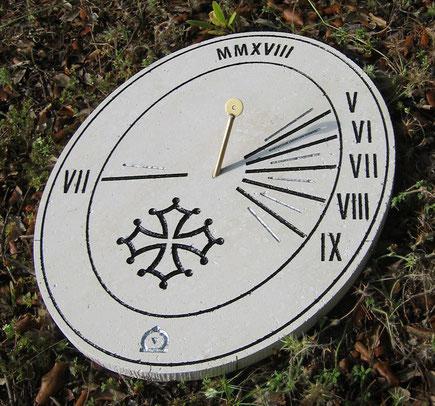 cadran-solaire-pierre-cadrans-solaires-colombiers-herault-vente-achat