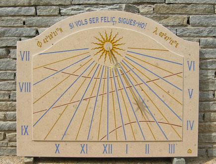cadran-solaire-ceret-mural-pierre-cadrans-solaires-vente-achat