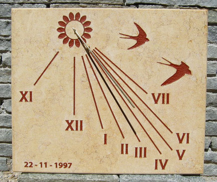 sundial-dial-sundials-swallow-stone-goesdorf-sale-facade-purchase-engraved-vertical