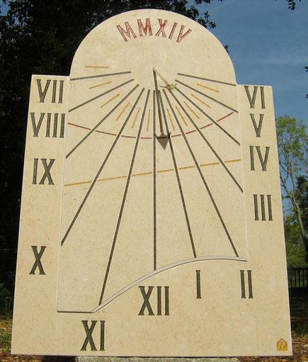 cadran-solaire-vertical-pierre-castellet-83-var-cadrans-solaires-vente-achat