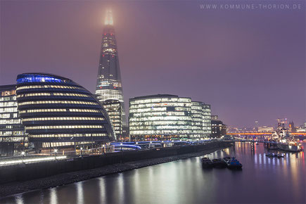 City Hall und the Shard von der Tower Bridge