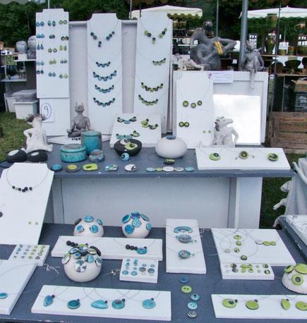 stand de bijoux céramique raku de chloé bercovici