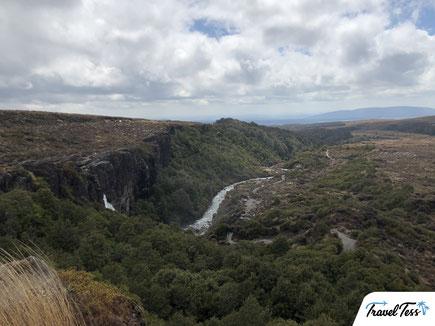 Hike naar Taranaki Falls