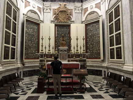 Skeletten in Santa Maria Annunziata kerk