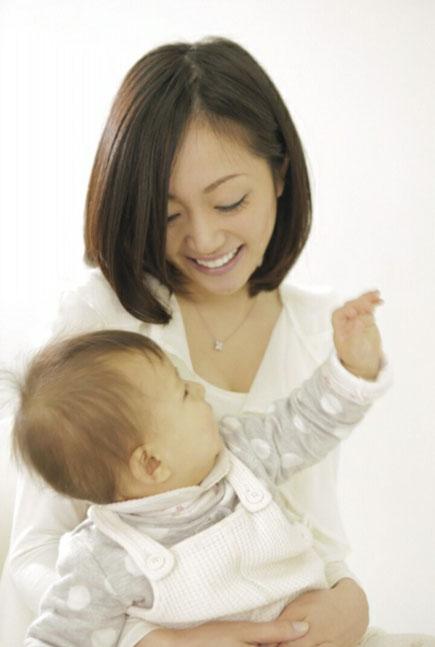 産後整体、赤ちゃんとお母さんの画像