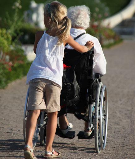 Generationsübergreifendes Wohnen; Unterstützung auch für Angehörige