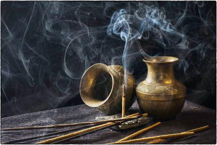 Die drei Geschenke der Weisen: Gold, Weihrauch und Myrrhe (Symbolfoto)