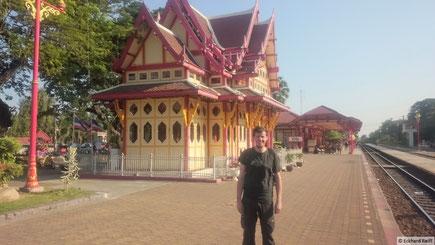 der weltberühmte Bahnhof in HuaHin
