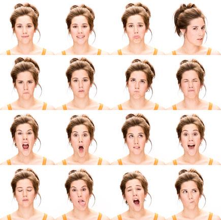Frau, verschiedene positive und negative Emotionen im Gesicht