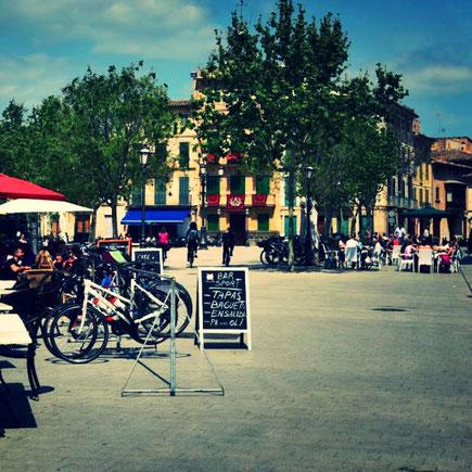 Marktplatz von Llucmajor im April 2017 Foto: Thomas Schildmann