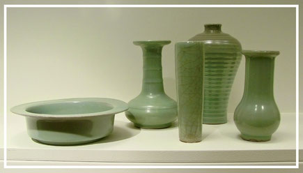 Longquan celadons from Song Dynasty exhibited at Musée Guimet, Paris
