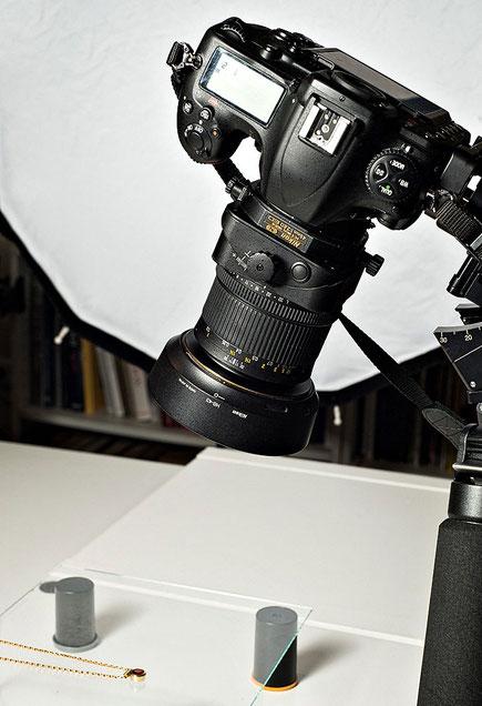 Aufbau für Schmuckfotos mit NIKON Shift/Tilt PC-E Objektiv 45mm an der D500. Copyright 2020 by bonnescape.