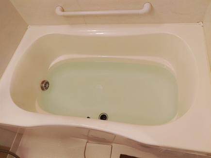 自動湯張りしたお湯がクサイ、とのことでおいだき配管除菌洗浄に行ってきました。