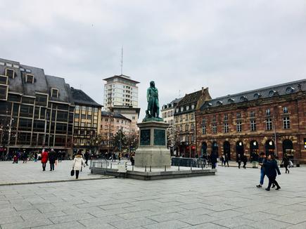 Strasburgo piazza centrale Alsazia Francia