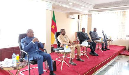 Reunion Minat (ATANGA NJI), Minsanté (MANAOUDA MALACHIE), Mintransports (NGALLE BIBEHHE)  SED (ETOGA GALLAX) avec Gouverneurs de région A Yaoundé Mars 2020