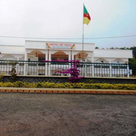 Bayangam, l'Hotel de ville