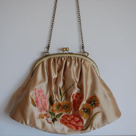 Création de sac brodé