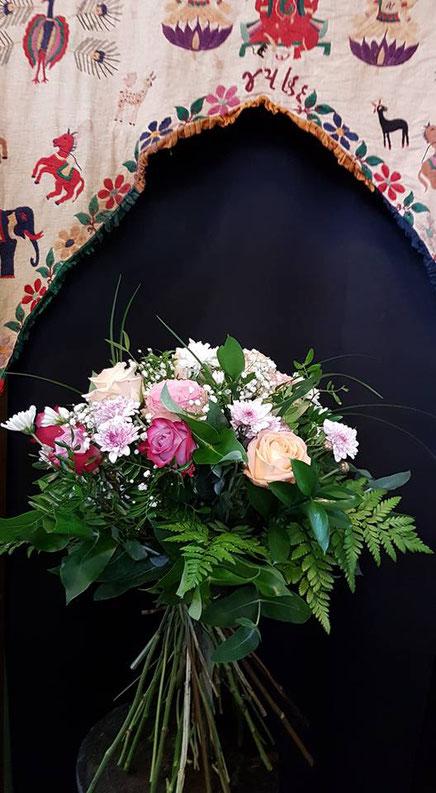 Ramo grande de flores variadas ref R5