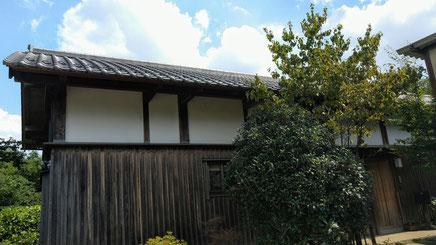 埼玉県所沢市の佐久間建匠。国産の無垢材を手刻みで加工し、伝統工法を用いた木組みの家。