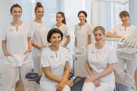 Spezialistinnen für schöne Zähne