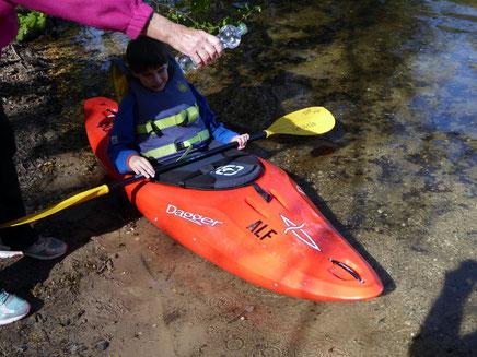 20. April 2016, Taufe unseres neuen gespendeten Jugendbootes, natürlich mit Mineralwasser