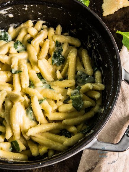 Pasta Pettine mit Spinat und Parmesan