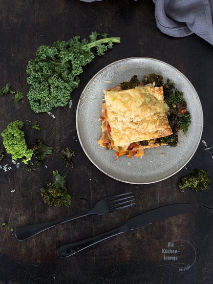 Grünkohl-Lasagne mit Birnen und Avocado