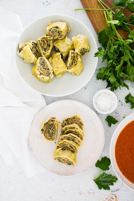 Maultaschen italienisch in Tomatensauce