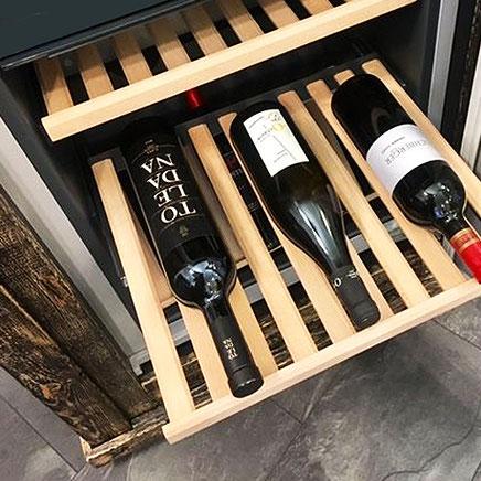 Designer Weinlühlschrank aus Altholz