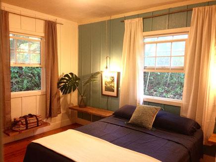 The Ocean Room (airbnb)