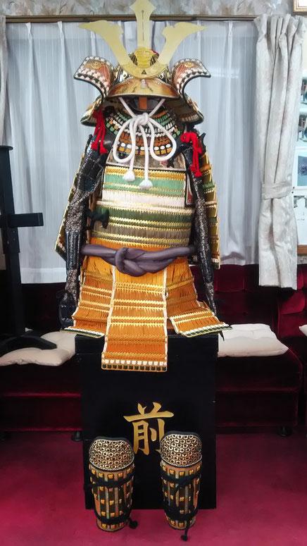 故石田邦雄氏作 色々威し二枚胴具足 北條五代祭りの主役北条早雲役の着用する甲冑です。