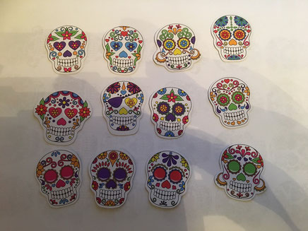 """6 von 12 Magneten """"Sugar Skulls"""" Motive von Pinkbueblo"""