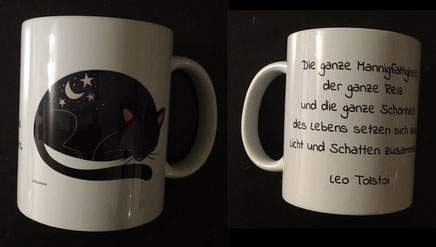Tasse mit Zitat von Tolstoi und Katzenmotiv von DigitalArtsi
