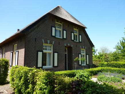 Boerderij Burgemeester van de Wielstraat 3 Huisseling  gemeentelijk monument