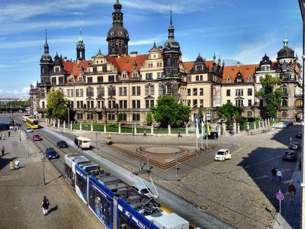 Ferienwohnung Schütze Dresden, Unterkunft, Übernachtung, Quartier, Pension,  Herberge, Nichtraucherzimmer, Balkon, möbiliert, Wohnung, Monteursunterkunft