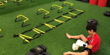 サーキットトレーニング | 大阪で一番楽しい子供英会話と体操教室 | 天満橋(南森町)、新大阪、古川橋(門真)の幼児、子供の英語教室とフィットネスジム