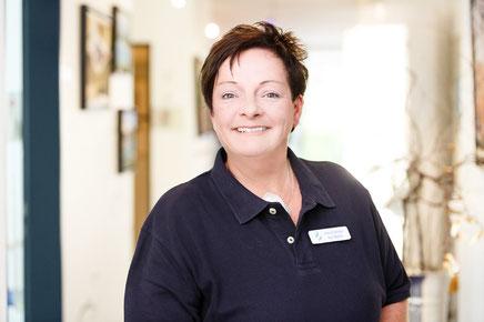 Iris Böhm, Zahnmedizinische Fachangestellte