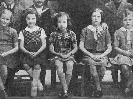 Cécile Aubry (Anne-José Bénard) sur les bancs de l'école