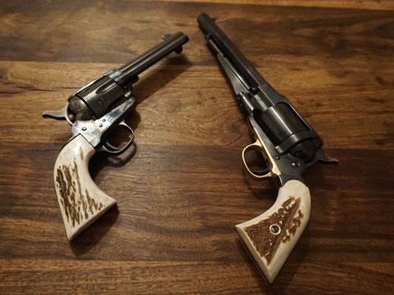 links: Uberti Cattleman rechts: Uberti 1858 Conversion Army