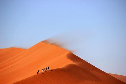 Wege in die Stille und Einfachheit: die Wüstentour