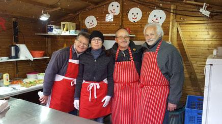 Team 4 Die Spezialisten auf dem Adventsmarkt